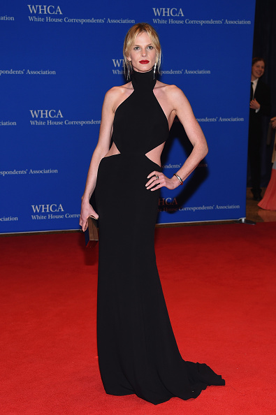WASHINGTON, DC - APRIL 30:  Model Anne V attends the 102nd White House Correspondents' Association Dinner on April 30, 2016 in Washington, DC.  (Photo by Larry Busacca/Getty Images)